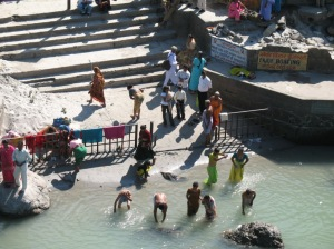 ganga bathing4
