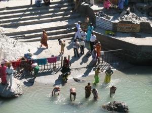 ganga bathing4