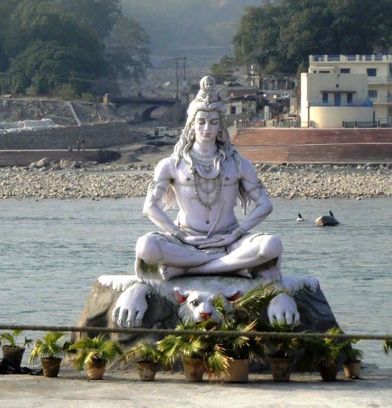 new shiva statue after flooding washed away original ...