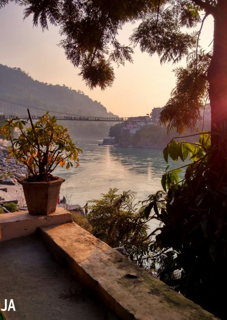 PICTURE PERFECT...SUNSET IN LAXMAN JHULA
