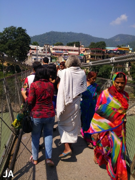 CROWDS ON LAXMAN JHULA BRIDGE
